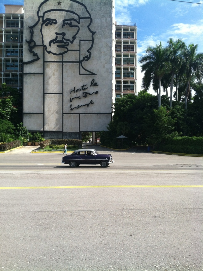 Plaza of the Revolution. Random old American car. And of course, Che.